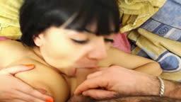 Cuplu tanar face sex la webcam