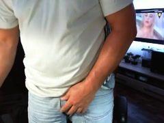 man masturbate on cam